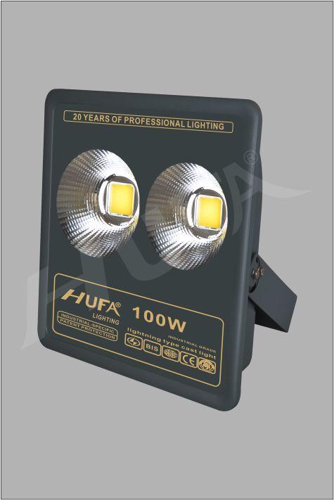 ĐÈN PHA LED HUFA FAD 100W COB L285xW90xH355 IP66 L55