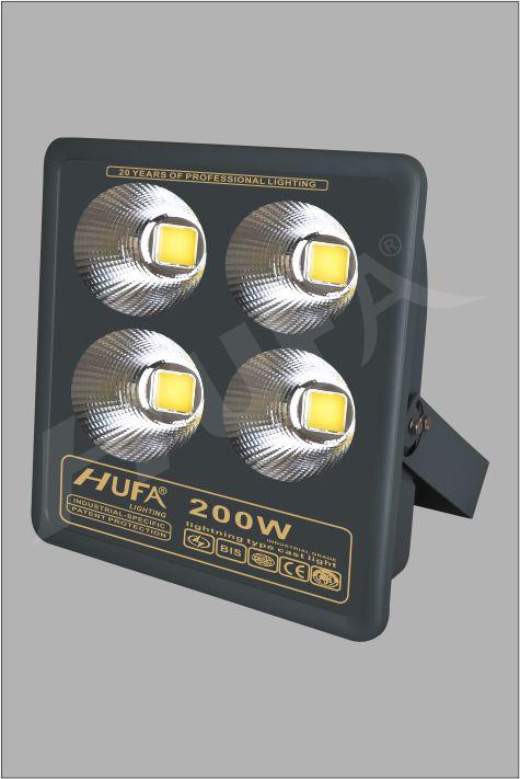 ĐÈN PHA LED HUFA FAD 200W COB L320xW100xH420 IP66 L55